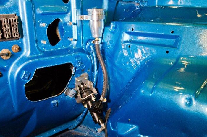 1969-dodge-dart-hydraulic-clutch-master-cylinder.jpg