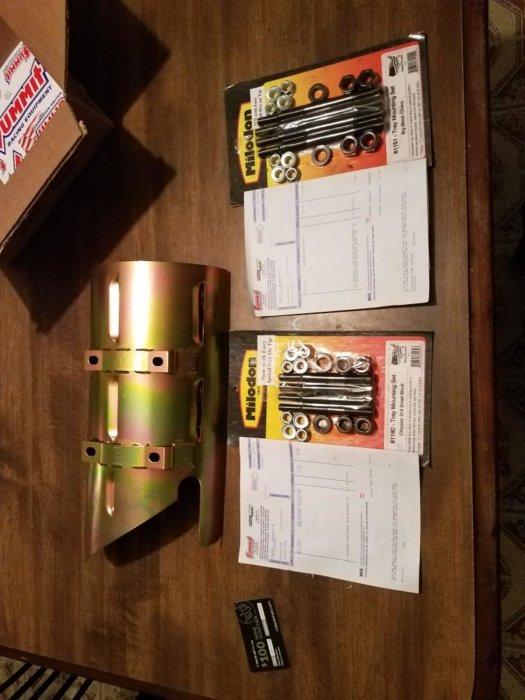 318340 milodon oil pan windage tray and stud kits 5.jpeg