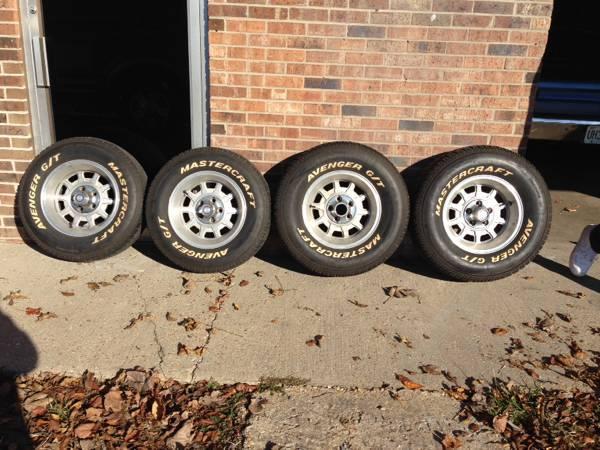 Chrysler Wheels 3.jpg