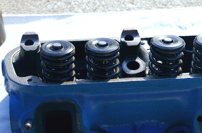 head_valve_springs.jpg