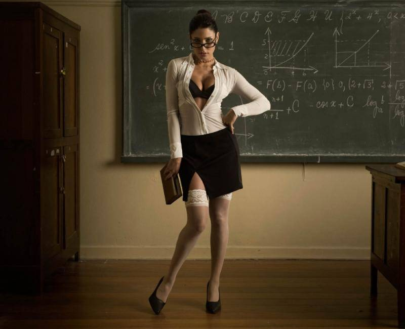hot-teacher-1.jpg