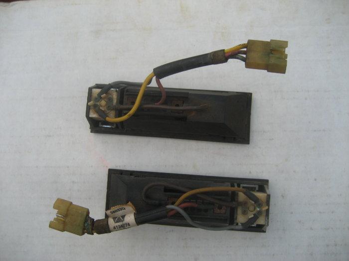 J Body rear interior light (2).JPG