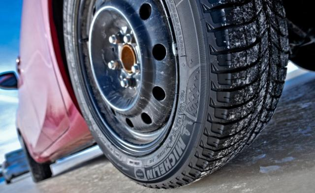 Michelin-X-Ice-Xi3-07.jpg