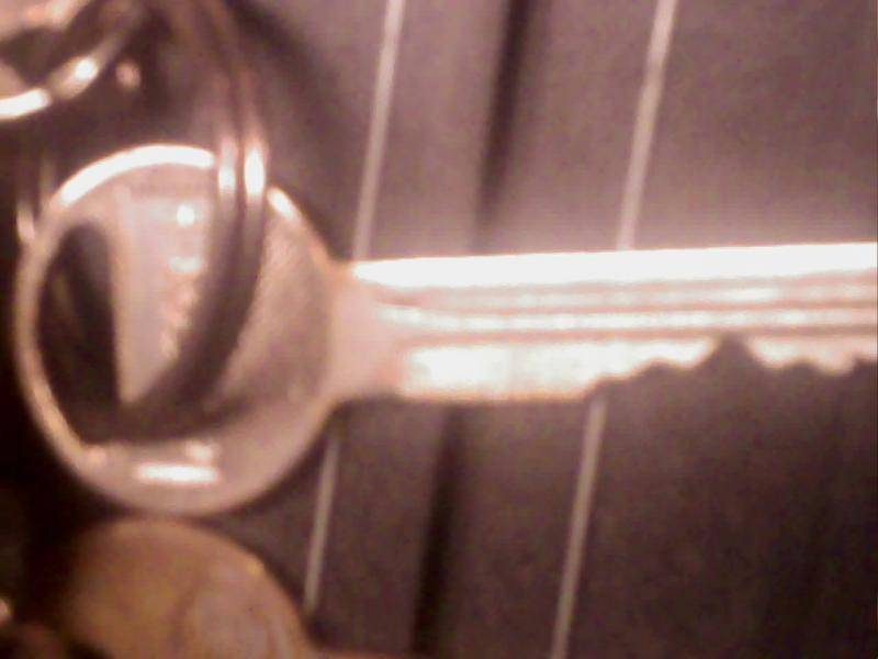 volare trunk key.jpg